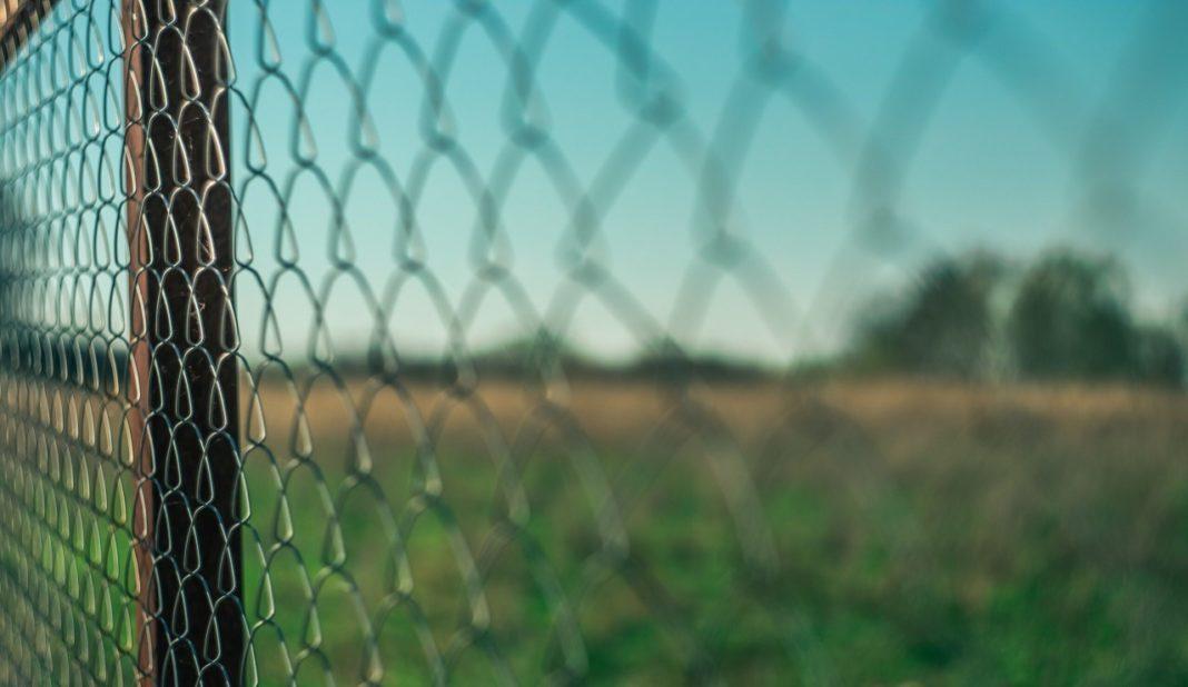 printemps et clôture
